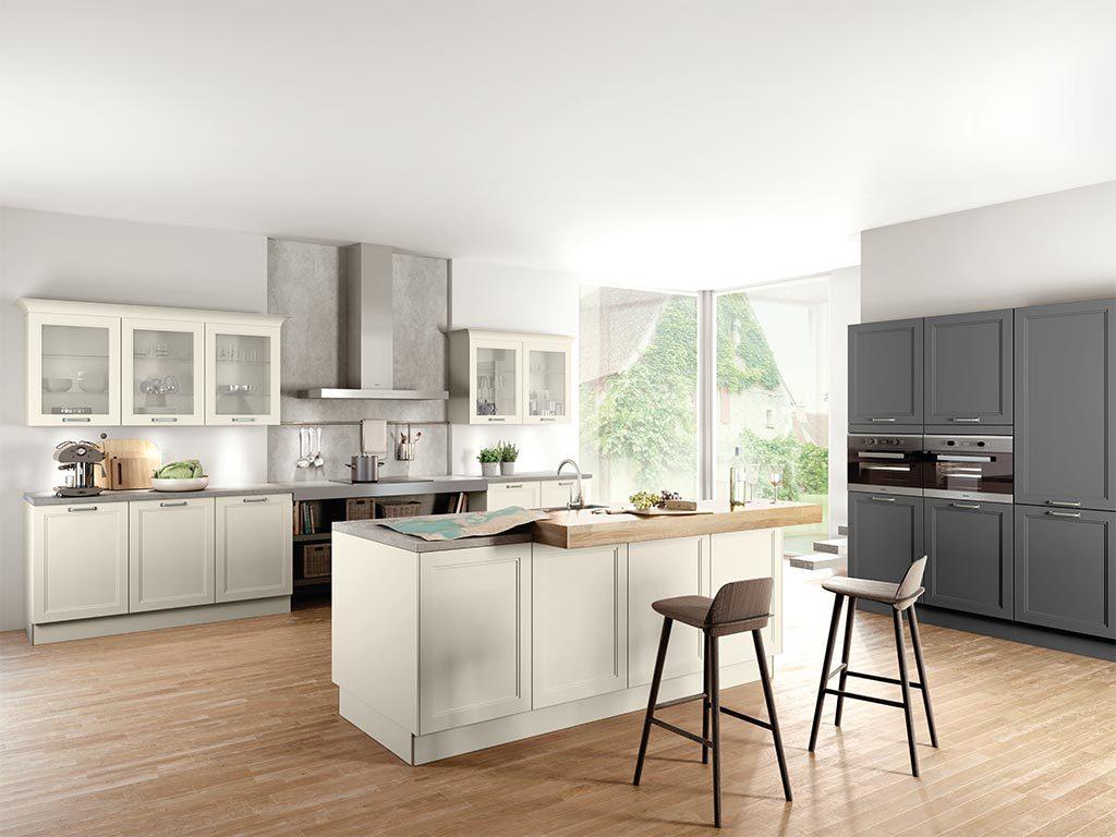 ber uns k che und raum. Black Bedroom Furniture Sets. Home Design Ideas