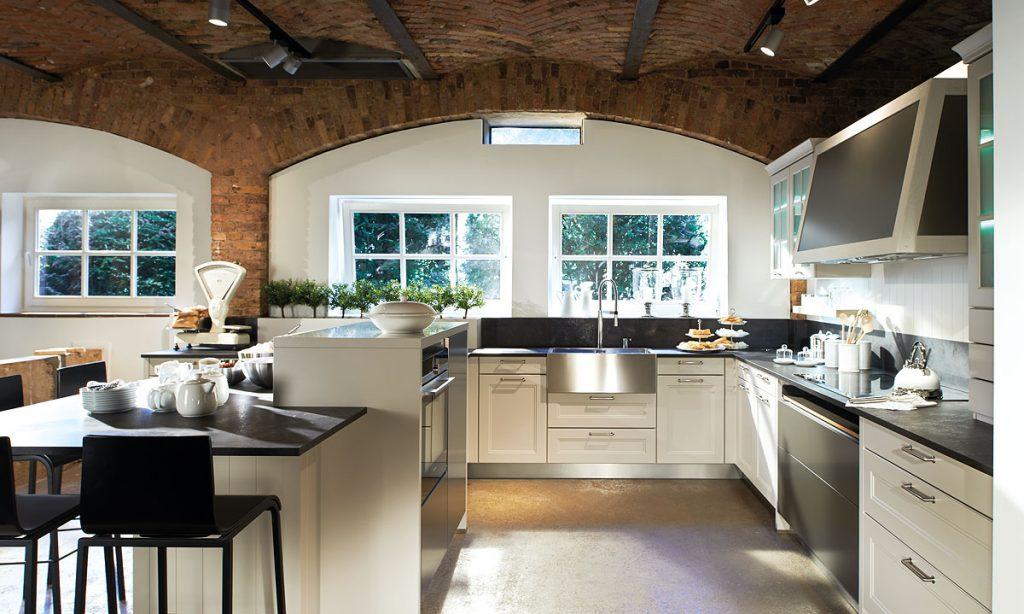 Landhaus-Küchen - Küche und Raum