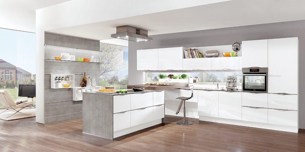 Küchen-Sonderverkauf bei Küche&Raum, 85072 Eichstätt - Traumküchen zu Sonderkonditionen